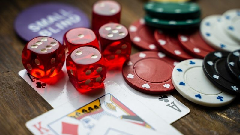วิธีการเล่นบาคาร่าให้เงิน สูตรเล่น บาคาร่า  เป็นคำตอบที่ดีเยี่ยม